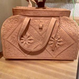 Handmsde leather purse